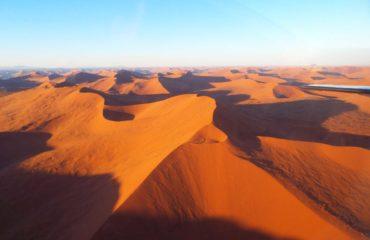Sossusvlei - Survol des dunes