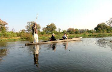 Khwai River - mokoro