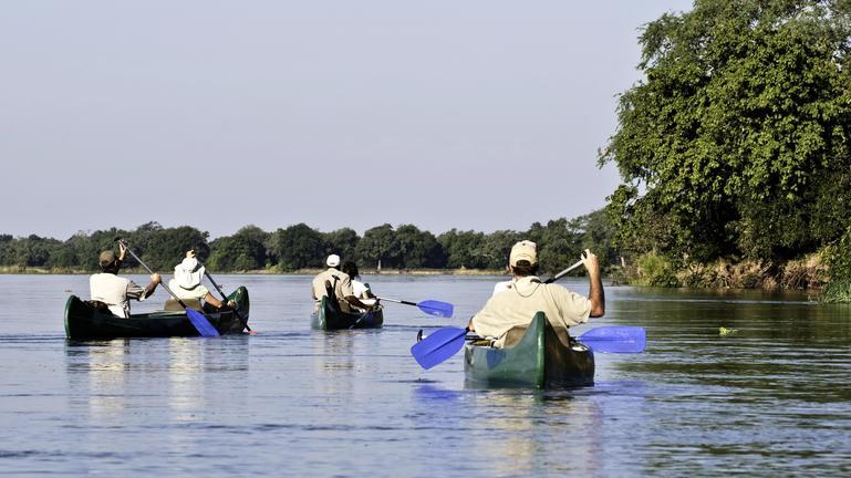 Zimbabwe - canoe